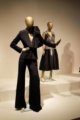 mexico-city-dress-exhibit-109