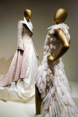 mexico-city-dress-exhibit-111