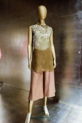 mexico-city-dress-exhibit-112
