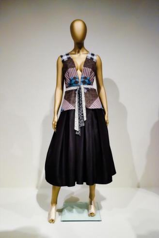 mexico-city-dress-exhibit-115