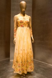 mexico-city-dress-exhibit-56