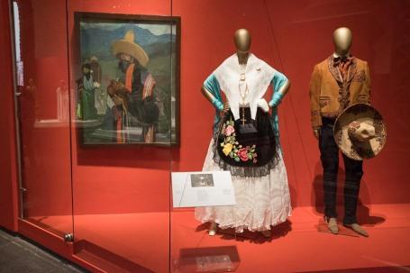 mexico-city-dress-exhibit-65