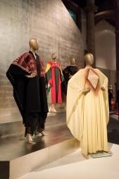 mexico-city-dress-exhibit-75
