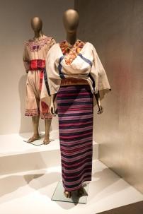 mexico-city-dress-exhibit-81