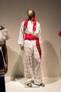 mexico-city-dress-exhibit-88