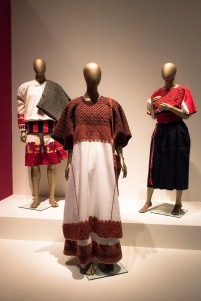 mexico-city-dress-exhibit-89